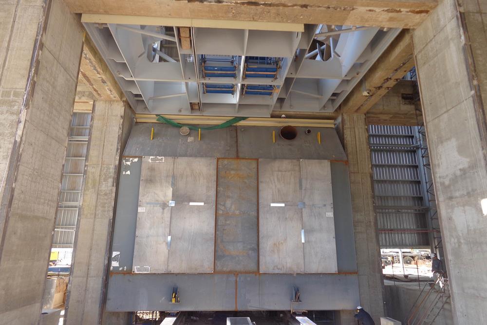 Montaje de 1 condensador: Central Térmica Vuelta de Obligado