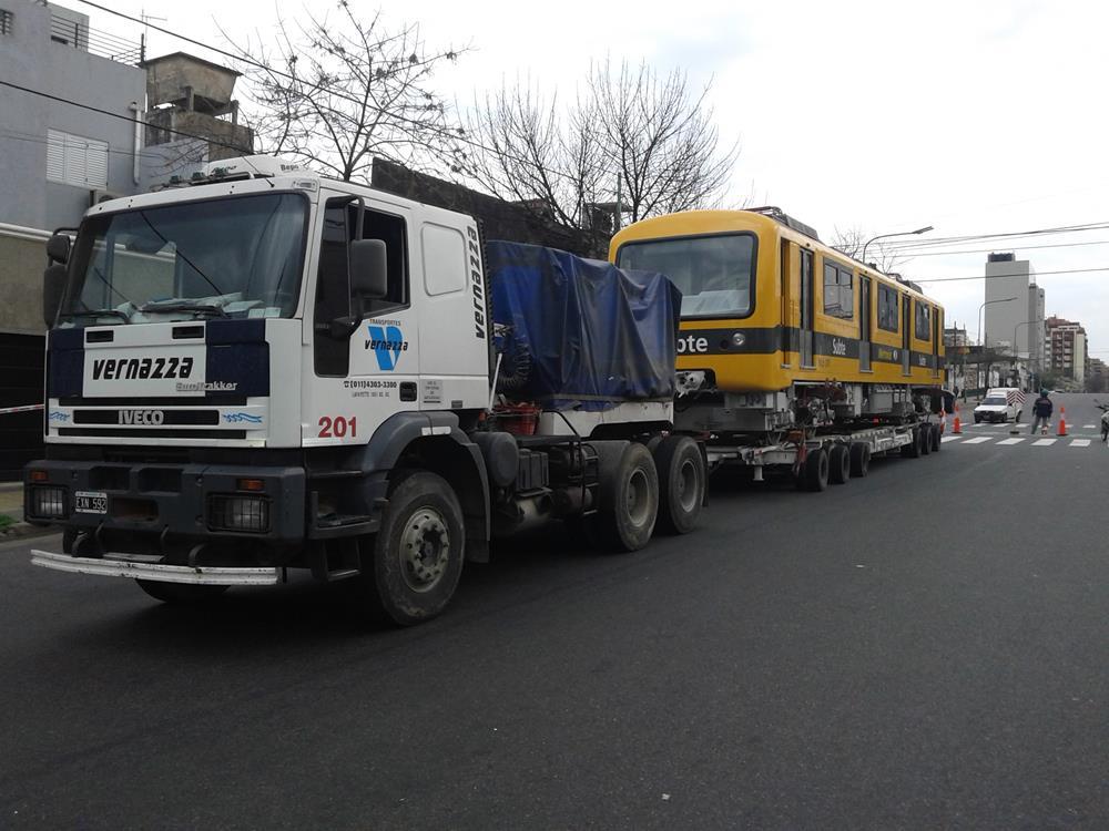 Transporte y descarga de coches subterráneos para Alstom Argentina